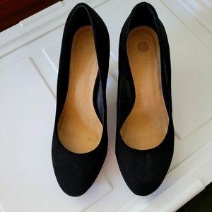 Alicia black velvet heels
